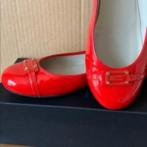 Marc by Marc Jacobs red Flats SZ 10